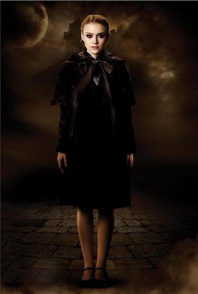 The volturi vampires the twilight saga new moon movie for New moon vampire movie