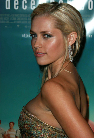 Teresa Palmer as Number Six