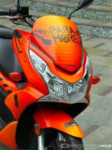 The Paramore Honda Civic Tour motor scooter