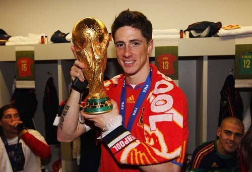 Torres with World Cup