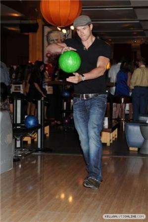 4th Annual Matt Leinart Foundation Celebrity Bowl - 15 July 2010