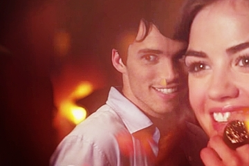 Ezra & Aria wallpaper titled Aria & Ezra