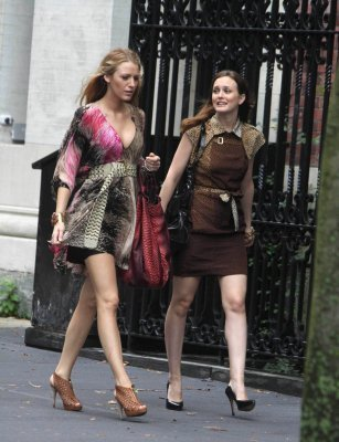 Blair Waldorf wallpaper called Blake Lively and Leighton Meester - 14th July - Season 4 - Gossip Girl