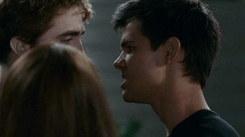 "Capturas del Clip ""Pelea entre Edward y Jacob"""