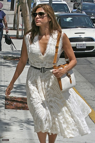 Eva shopping at the Palihouse in West Hollywood