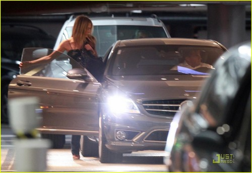 Jennifer out in West Hollywood