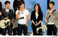 Jonas Brothers ans Demi Lovato - demi-lovato-and-jonas-brothers photo