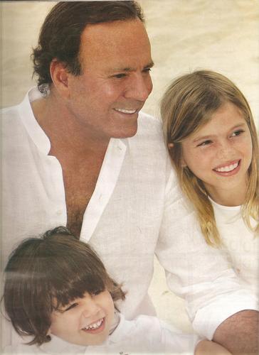 Julio & Kids