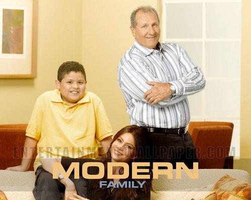Modern Family karatasi la kupamba ukuta