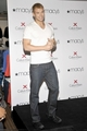Promoting Calvin Klein X Underwear at Macy's - 15 May 2010 - twilight-series photo