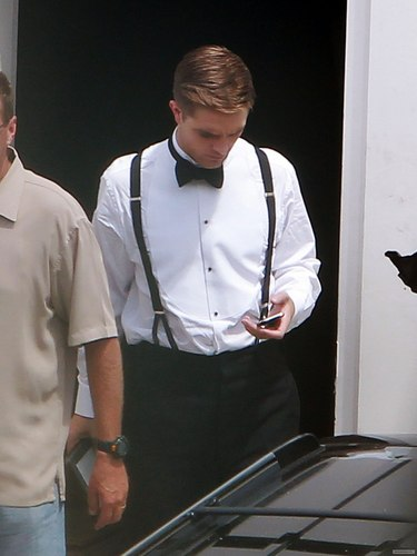 """Rob on """"Water For Elephants"""" Set [July 16th]"""