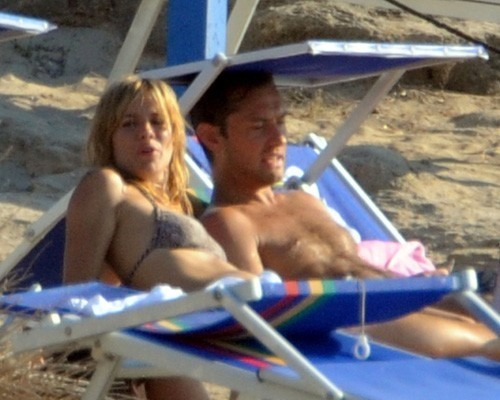 Sienna Miller and Jude Law on holiday in Ponza (July 15)