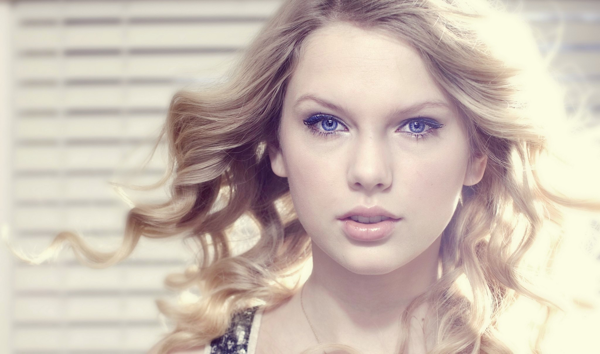 Taylor's pix edited by me :)