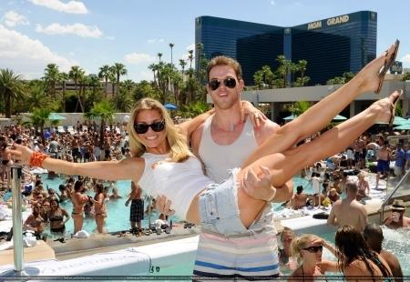AnnaLynne McCord Birthday Celebration - Las Vegas - 17 July 2010