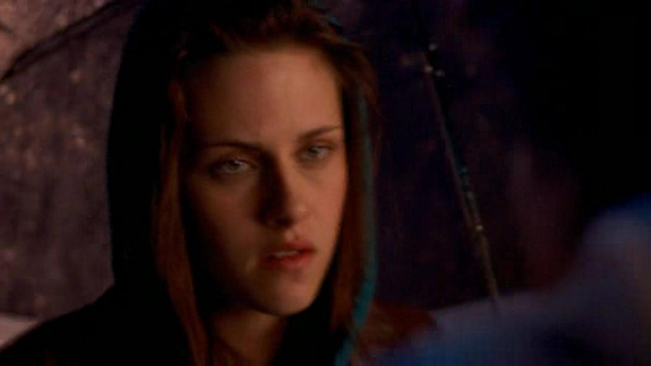 Kristen Stewart Adventureland. Kristen Stewart
