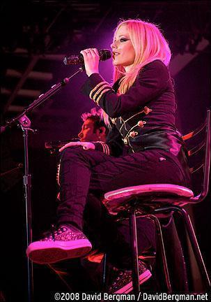 Avril Lavigne - The Best Damn Tour