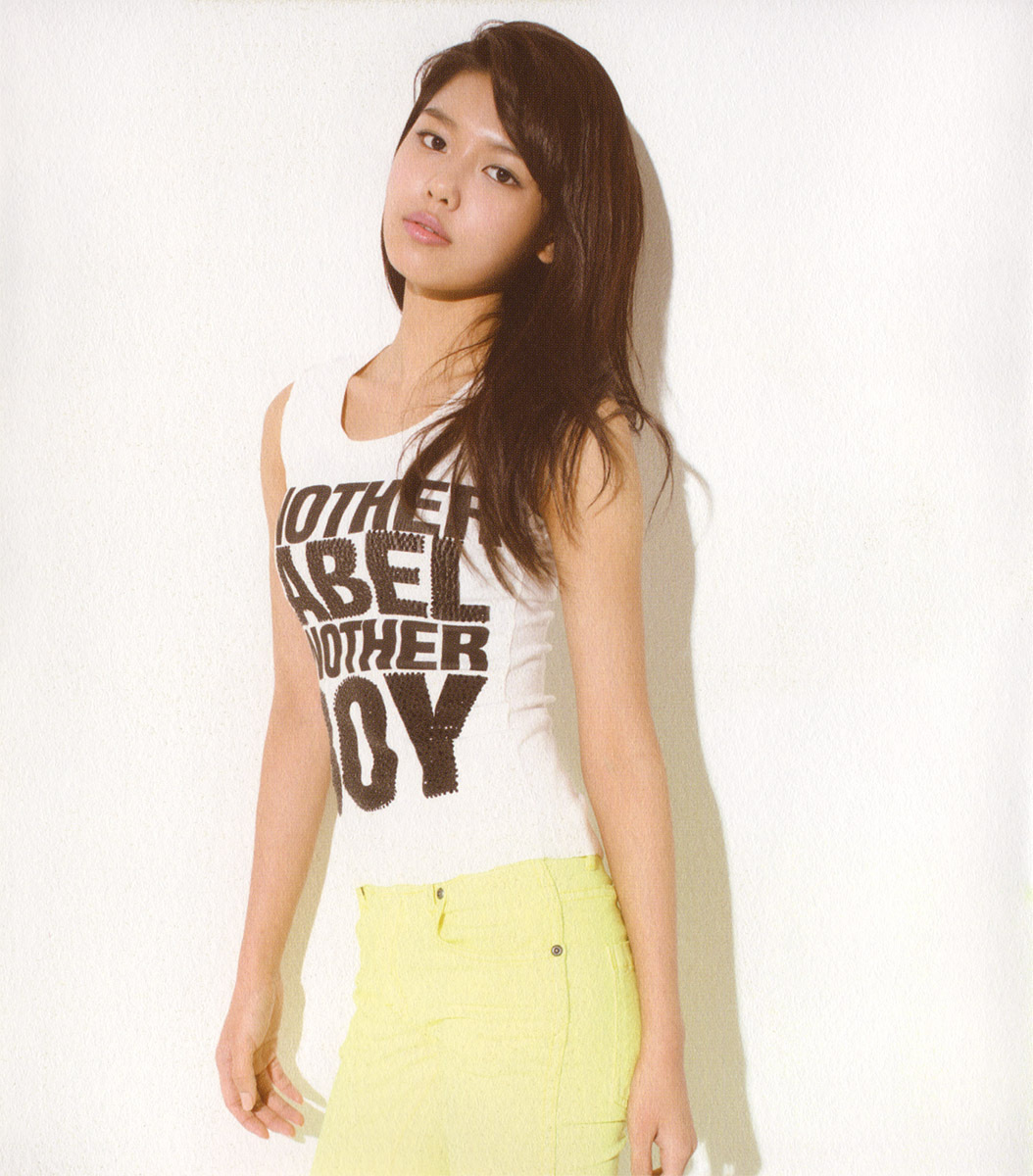 Gee - Sooyoung - super-generation-super-junior-and-girls-generation photo