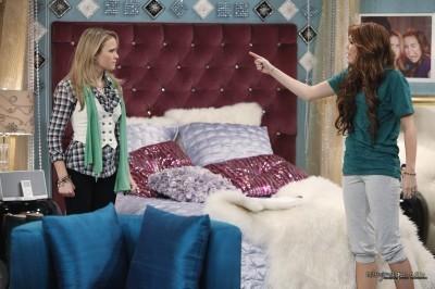 Hannah Montana Forever Episode 2 - Hannah Montana to the Principal's Office Stills