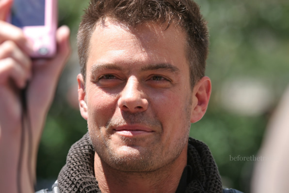 Josh on set Transformers 3 - josh-duhamel photo