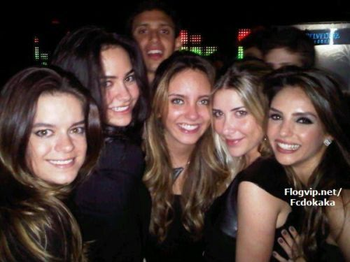 Kaka and Carol in the nightclub Disco