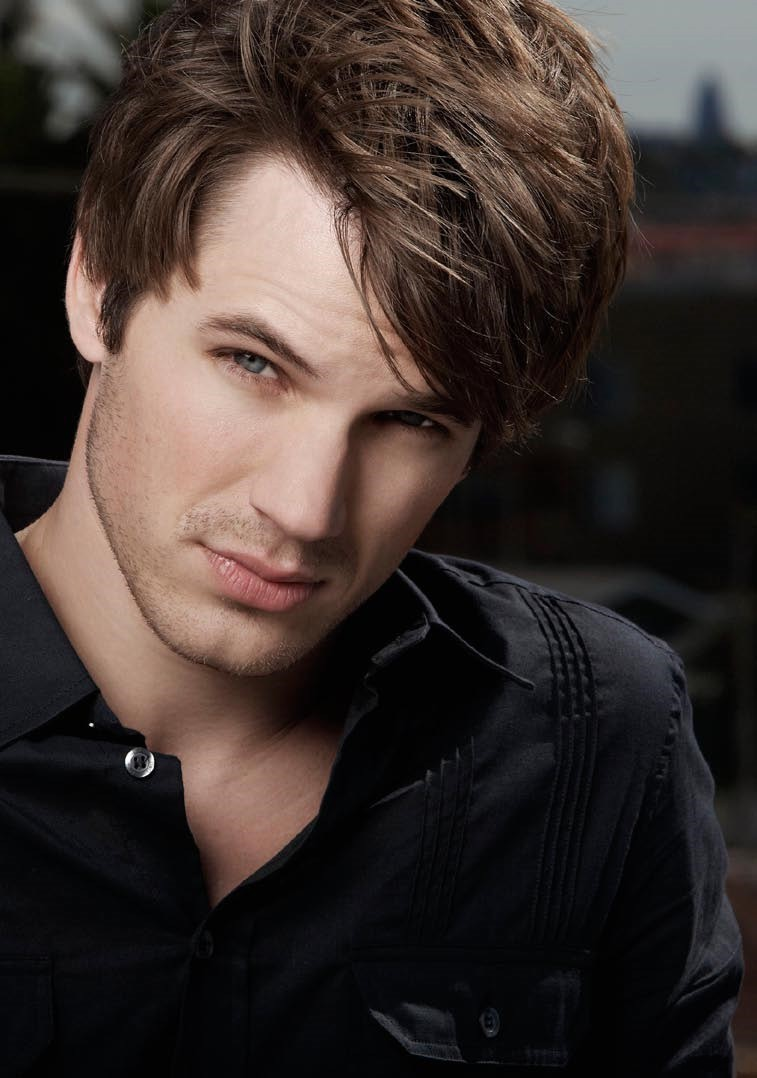 http://images2.fanpop.com/image/photos/13900000/Matt-Lanter-3-matt-lanter-13950918-757-1078.jpg