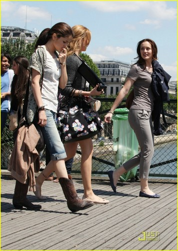On Set 'Monte Carlo' in Paris [June 23]
