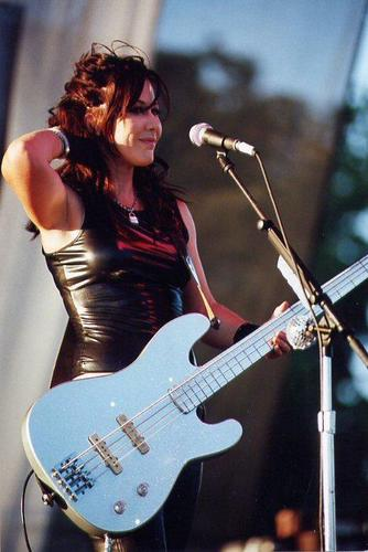 Women Who Rock - Kathy Valentine of The Go-Go's