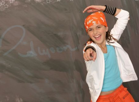 --Cute Alyson-- - alyson-stoner Photo