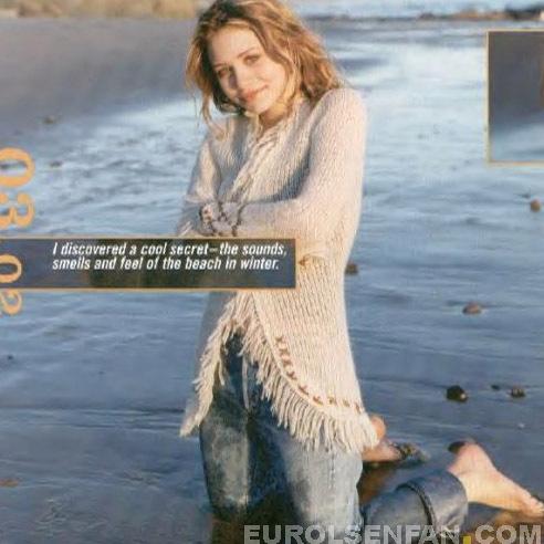 Mary-Kate & Ashley Olsen wallpaper called 2002