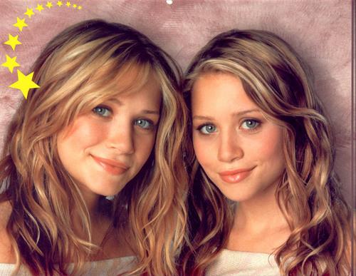Mary-Kate & Ashley Olsen wallpaper titled 2004