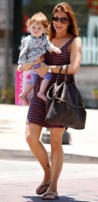 Alyson out in LA 24.6.2010