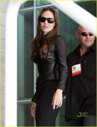 Angelina Jolie Pours Salt on Comic-Con