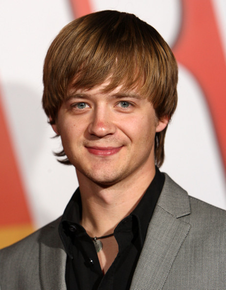 jason earles teenager