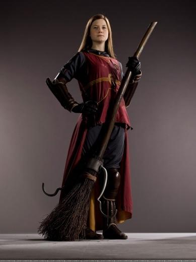 New Ginny Weasley HBP photoshoot