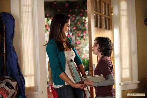 "Parenthood Episode: 1x06 ""The Big 'O'"" - Promotional mga litrato"