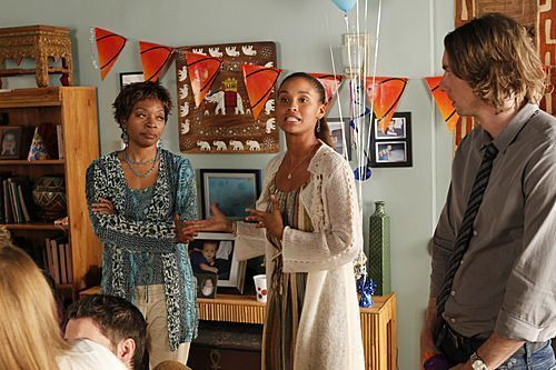 """Parenthood (2010) wolpeyper titled Parenthood Episode: 1x08 """"Rubber Band Ball"""" - Promotional mga litrato"""
