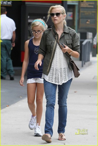 Reese & Ava out in Beverly Hills