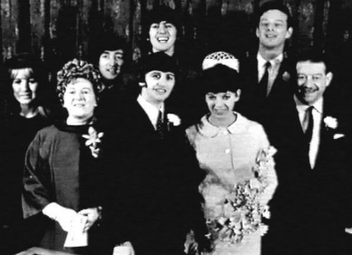 Ringo and Maureen&#39;s wedding - the-beatles Photo