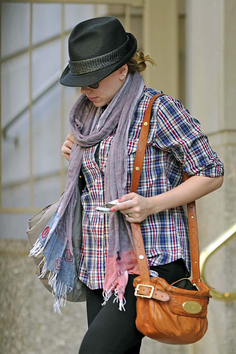 Scarlett Johansson out in NYC (June 17)