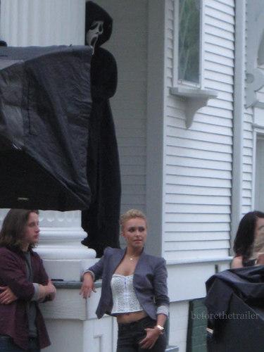 Scream 4 - New Set تصاویر - 21st July 2010