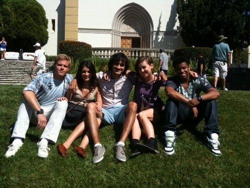 "Shenae on set of ""90210"" with Trevor, Michael, Jessica & Tristan"