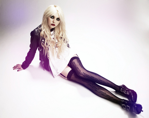 Taylor Momsen - MTV bức ảnh Shoot