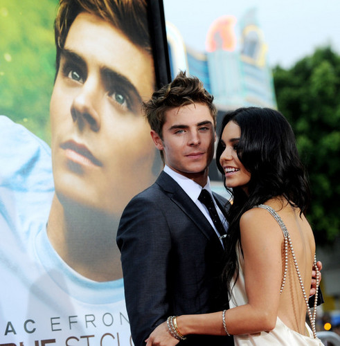 "Zac Efron and Vanessa Hudgens at the ""Charlie St. Cloud"" Premiere (July 20)"
