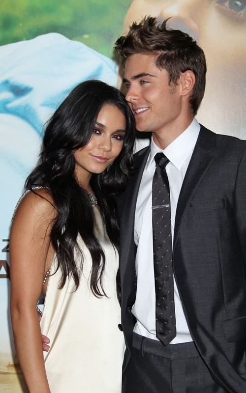 Zanessa @ Charlie St.Cloud LA Premiere - Zac Efron &amp; Vanessa Hudgens Photo ...