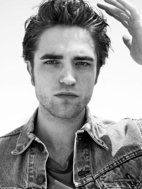 Robert Pattinson photoshoots in 2009 >[Another Man]