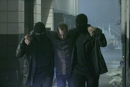 24 Season 5, Episode 23: 5:00 A.m.-6:00 A.m.