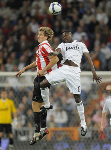 Fernando Llorente wallpaper called Athletic de Blibao vs Real Madrid (la liga)