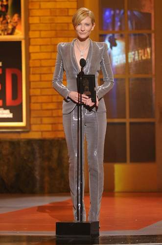 Cate @ 64th Annual Tony Awards - tampil