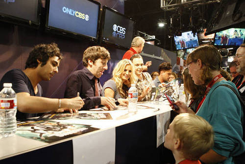 Comic Con 2010 Signing
