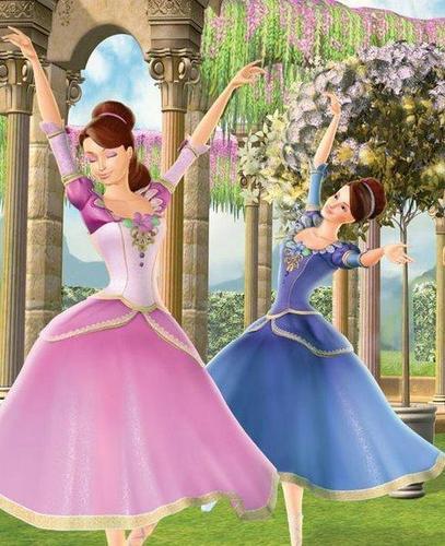 Dancing Ashlyn and Courtney
